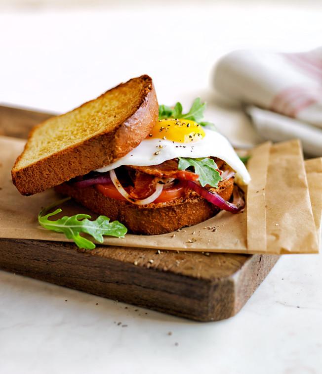 egg-sandwich-652x756